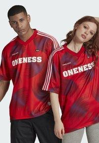 adidas Originals - T-shirts print - red - 2