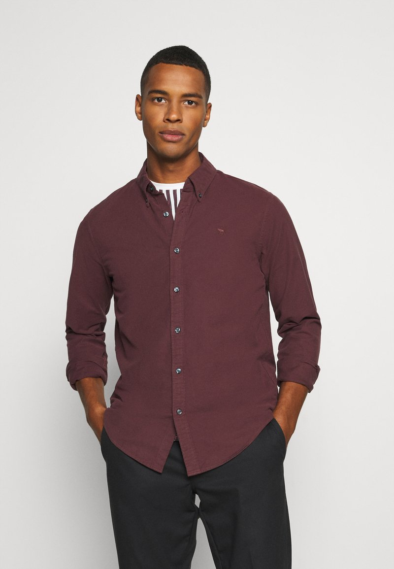 Abercrombie & Fitch - SIGNATURE SOLID OXFORD - Shirt - burg