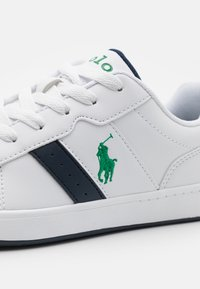 Polo Ralph Lauren - OAKVIEW UNISEX - Sneakers - white smooth/navy/green - 5
