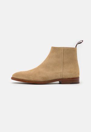ALAN - Classic ankle boots - sand
