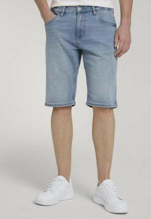 Denim shorts - light stone wash denim