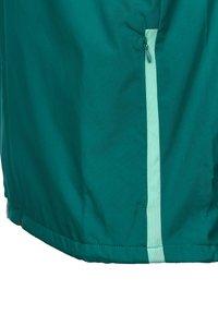 Umbro - SV WERDER BREMEN  - Club wear - fanfare / ice green - 3