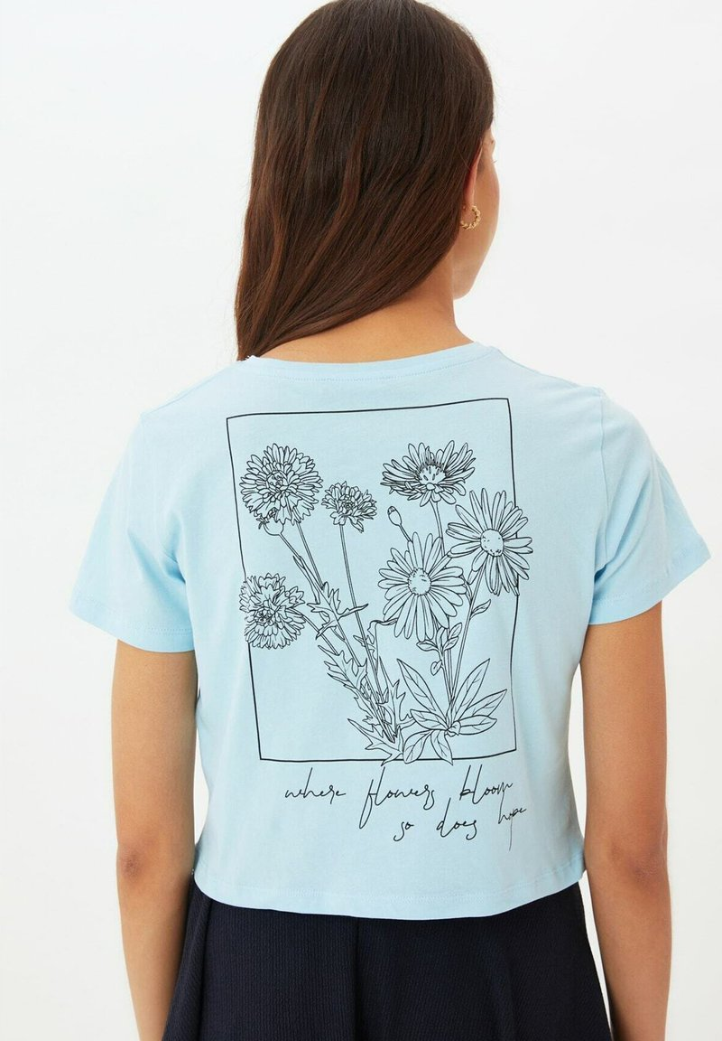 Trendyol - Print T-shirt - blue