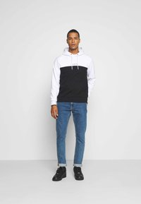 Calvin Klein - COLOR BLOCK HOODIE - Sweat à capuche - white - 1