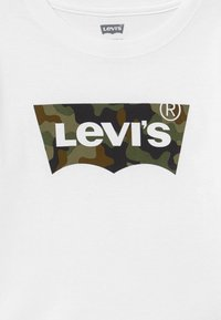 Levi's® - CAMO BATWING - Long sleeved top - white - 3