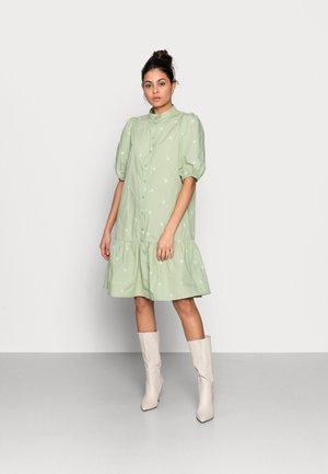 NONA SHIRT DRESS - Skjortekjole - reseda