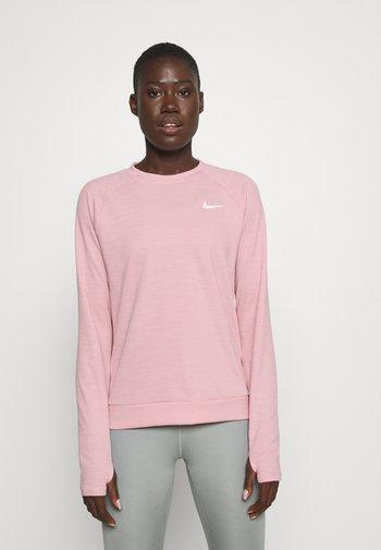 PACER CREW - Treningsskjorter - pink glaze
