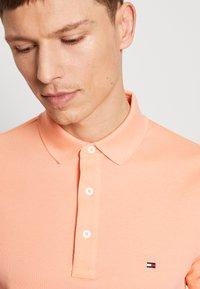 Tommy Hilfiger - Poloshirts - orange - 4