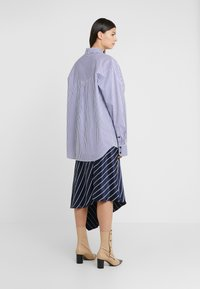 Rika - ALEX  - Button-down blouse - blue/white - 2