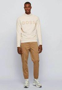 BOSS - WEEFAST - Sweatshirt - open white - 1
