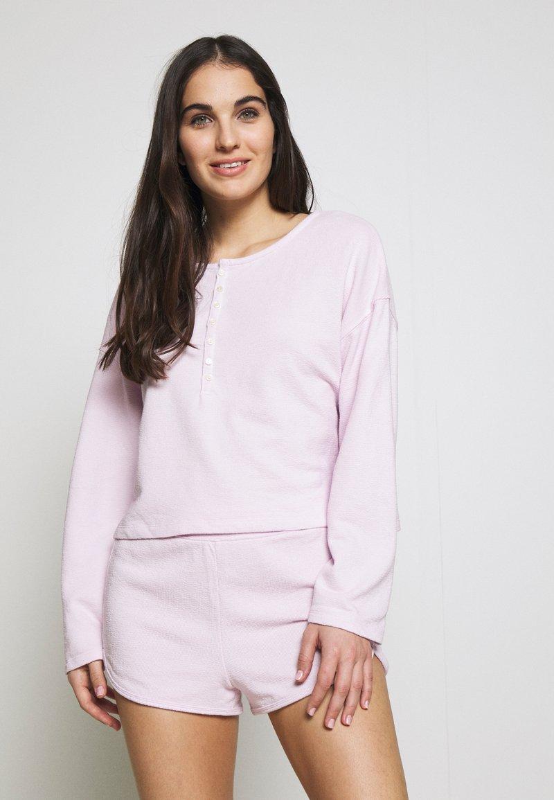 GAP - LOUNGE  - Pyjama top - whitened lilac