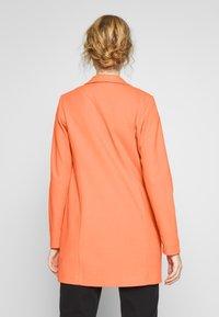 Opus - HELEN STRUCTURE - Short coat - fresh coral - 2