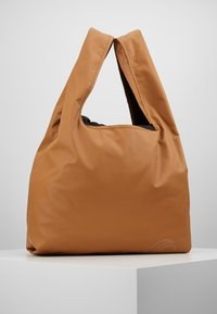 Didriksons - SKAFTÖ GALON BAG - Treningsbag - almond brown - 2