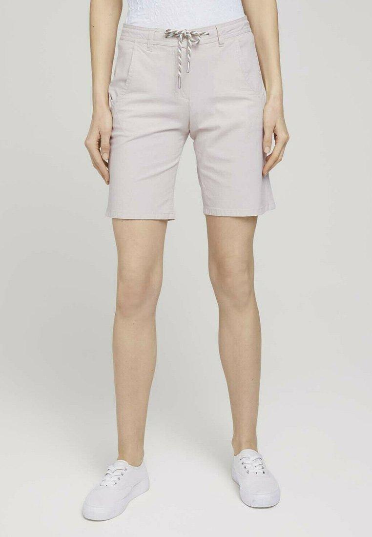 TOM TAILOR - Shorts - beige thin stripe
