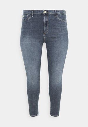 PLUS MOLLY FUSSILI - Jeans Skinny Fit - dark smokey