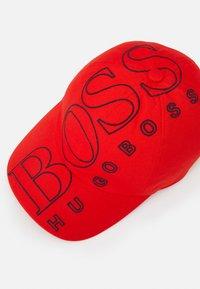 BOSS Kidswear - UNISEX - Cap - bright red - 3