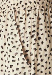 EDITED - EMBER - Shorts - beige/black - 2