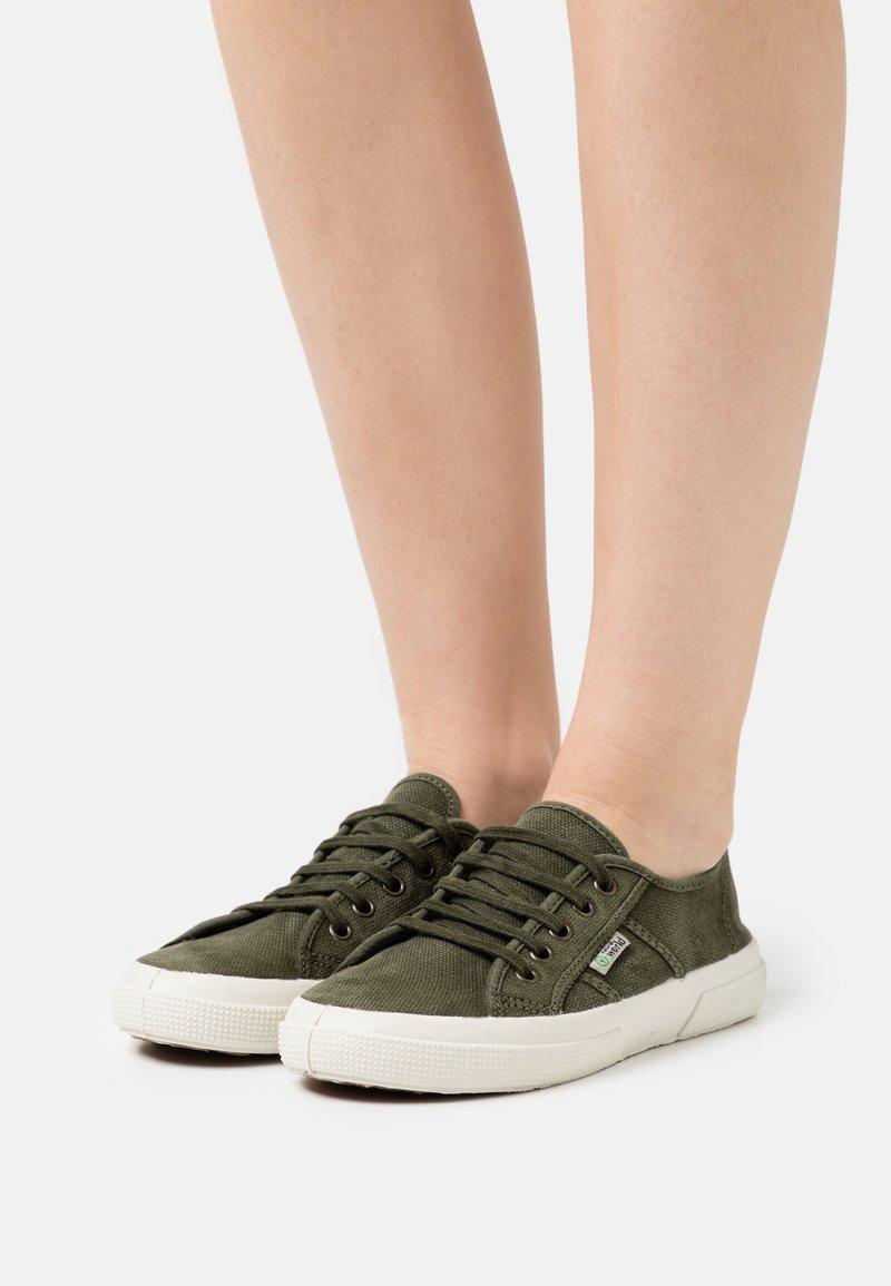 Natural World - Sneakers basse - kaki