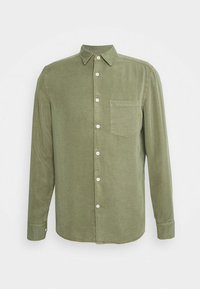 COMFORT SLIM - Camicia - lake green