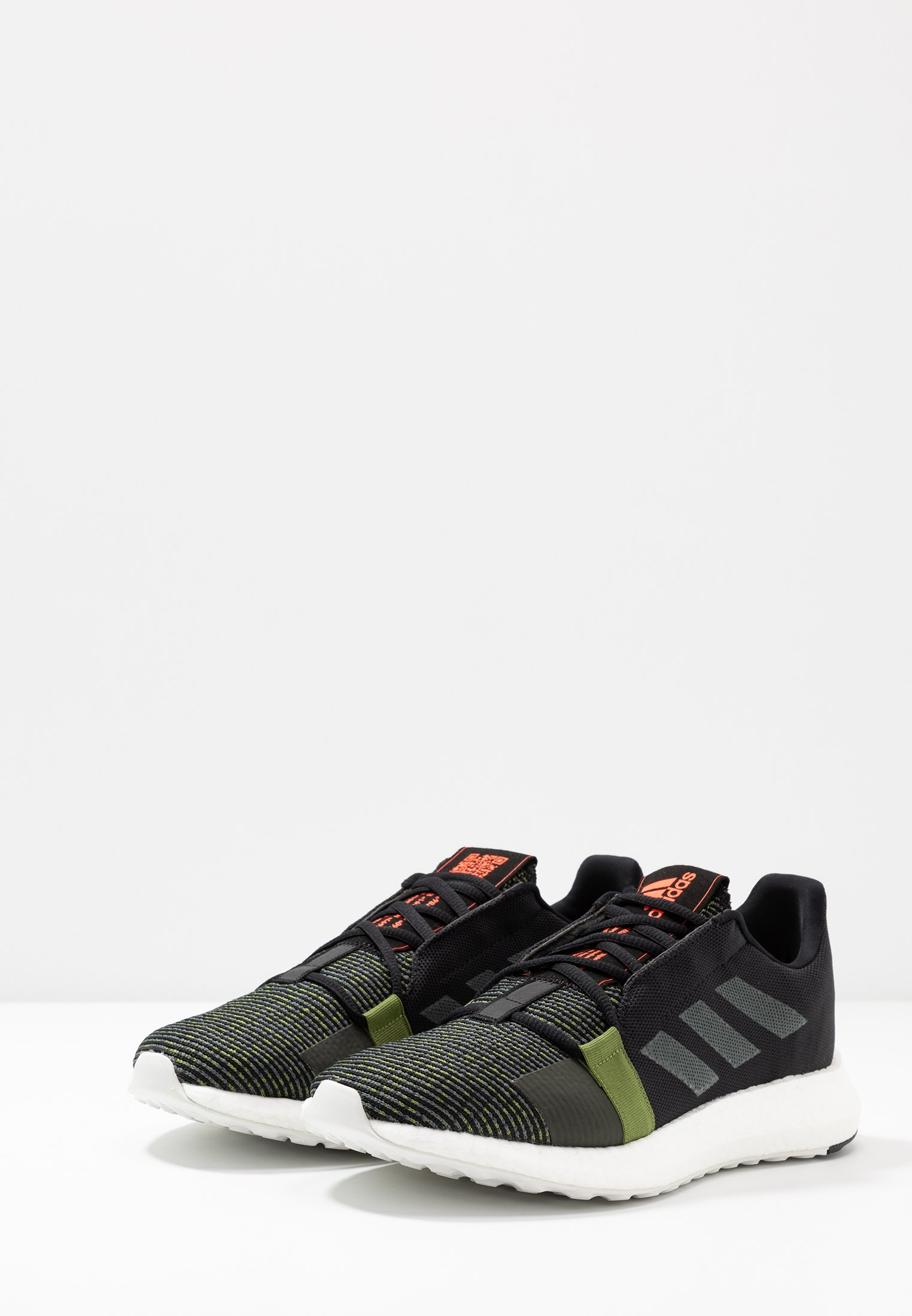adidas Performance SENSEBOOST GO - Laufschuh Neutral - core black/legend army/tech olive/schwarz - Herrenschuhe Jc4Bu