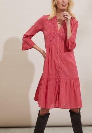 KAYLA - Day dress - pink fudge