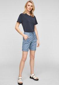 s.Oliver - Shorts - powder blue - 1