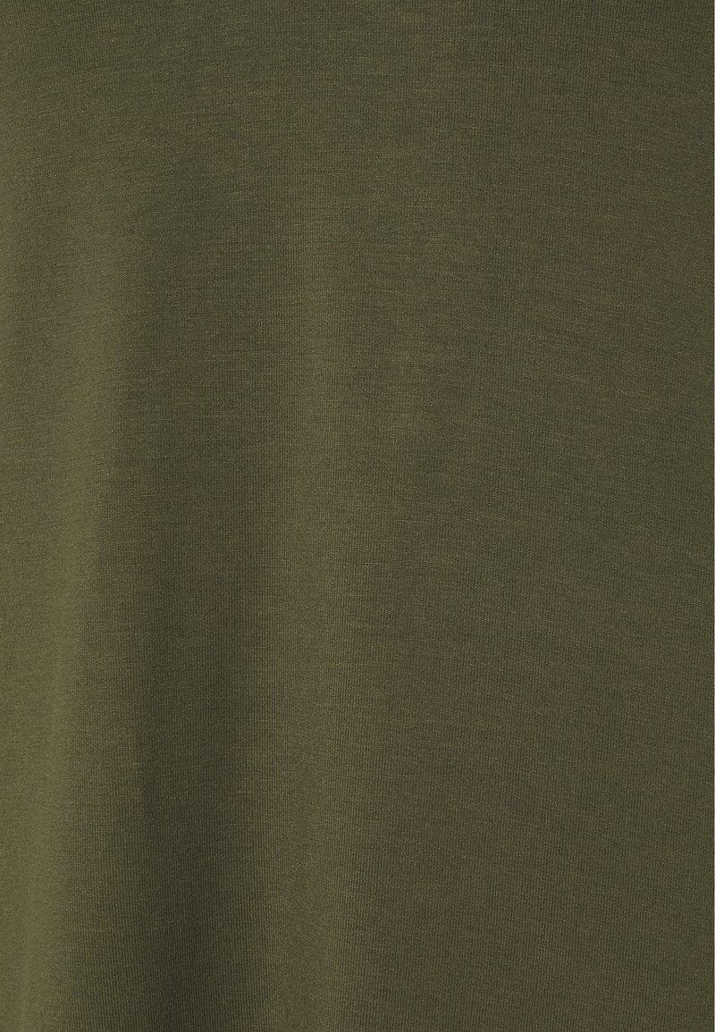 Anna Field Langarmshirt - olive/oliv fxqlRM
