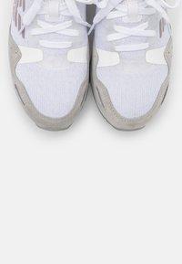 Emporio Armani - Zapatillas - white/silver - 6