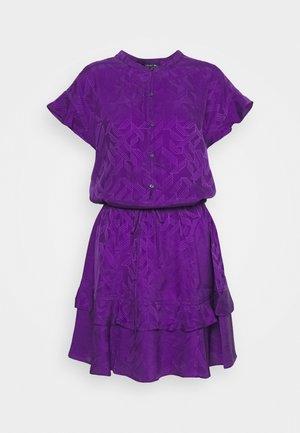 JIULIA - Abito a camicia - violet