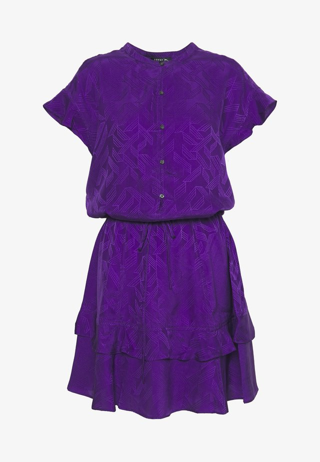 JIULIA - Sukienka koszulowa - violet