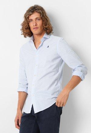 CONTRAST SKULL  - Shirt - white blue stripes