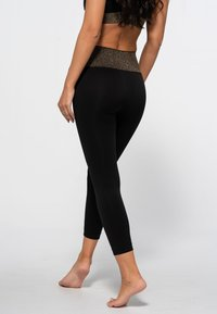 Heart and Soul - HAMPTONS SEAMLESS  - Legging - black/shining gold - 2