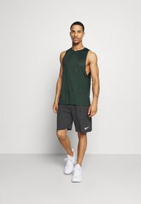 Nike Performance - TANK DRY - Camiseta de deporte - sequoia/galactic jade/heather/black - 1