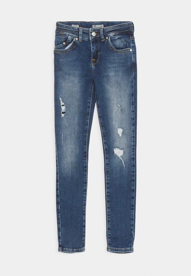 JULITA  - Jeans slim fit - rosali wash