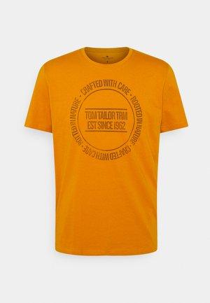 PRINTED - T-shirt print - flame brown