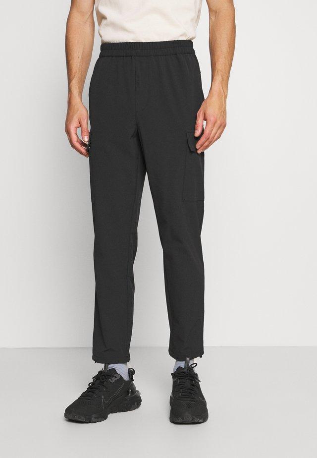 RIPSTOP - Pantalones cargo - black