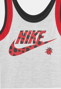 Nike Sportswear - LIL BUGS LADYBUG SCOOTER SET - Top - black - 3