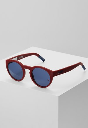 Sunglasses - matte red