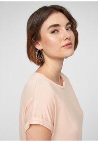 Q/S designed by - Basic T-shirt - spring rose - 3