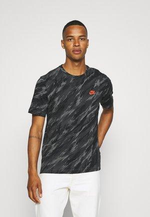 TEE ESSENTIALS - Print T-shirt - iron grey