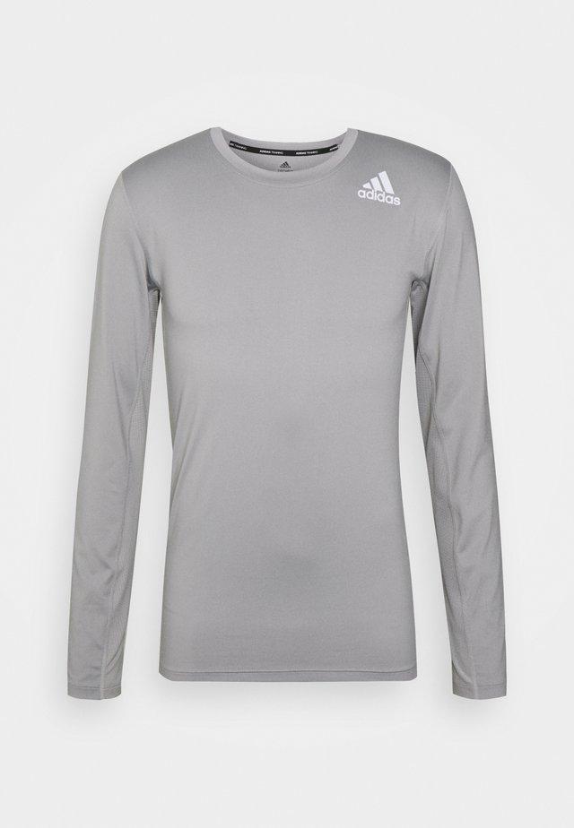 Long sleeved top - solid grey