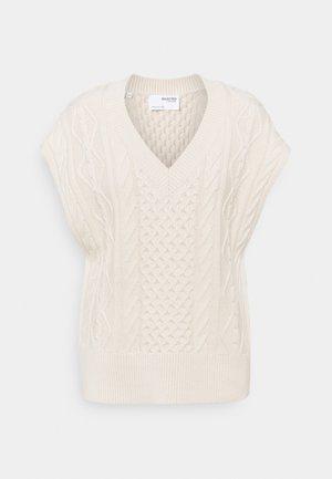 SLFVICKA CABLE VEST - Print T-shirt - sandshell