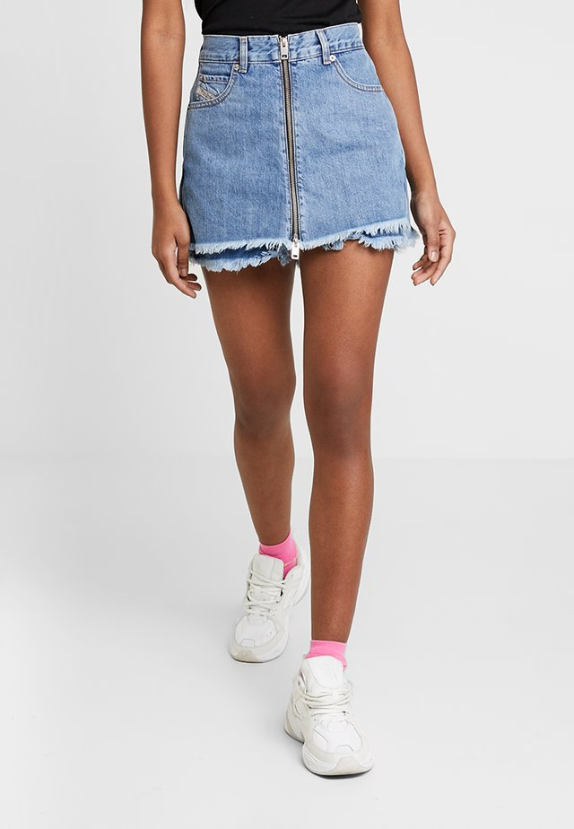 DE-LARZY SHORTS - Jeans Shorts - indigo