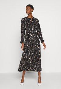 Vero Moda Tall - VMGALICE LS ANKLE DRESS - Vestito estivo - black/galice - 1