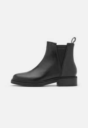 CHELSEA BOOT  - Støvletter - black