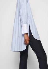By Malene Birger - EAUBONNE - Button-down blouse - chambray blue - 6