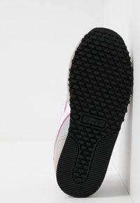 Diadora - SIMPLE RUN UP - Løbesko walking - ash/rose violet - 5