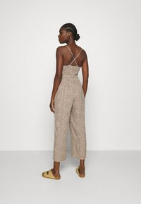 Abercrombie & Fitch - SMOCKED BODICE  - Jumpsuit - brown - 2
