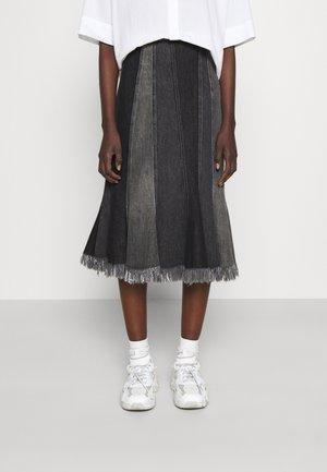 USA - Pouzdrová sukně - black
