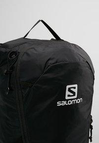Salomon - TRAILBLAZER 10 UNISEX - Rucksack - black/black - 7